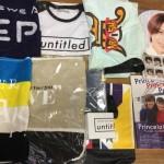 嵐、King&Prince、NEWSのTシャツ、バッグ、写真集などのグッズ